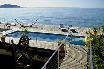 piscine incroyable mer
