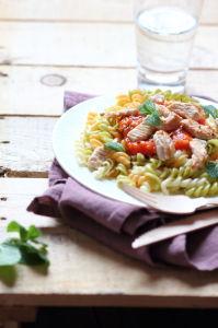 fusillini sauce tomate panais menthe et émincé de dinde