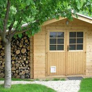 Captivating A Garden Shed Is The Ideal Solution To Put Basic Garden And DIY Tools Away.  Itu0027s Also Great To Prepare Seedlings And Shelter Them From Wind And Rain.