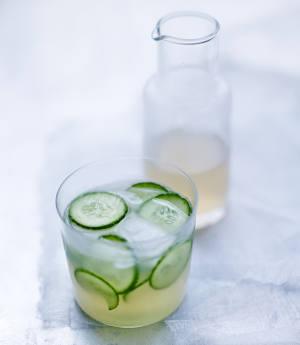 limonade au concombre fraiche rapide et facile r aliser. Black Bedroom Furniture Sets. Home Design Ideas