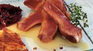 Magret de canard et sa compotée de chou rouge