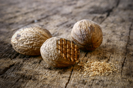 Muscade et noix
