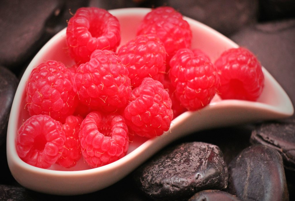 Raspberry health benefits and therapeutic value