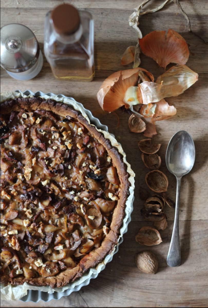 Tarte aux cèpes oignons roquefort et noix
