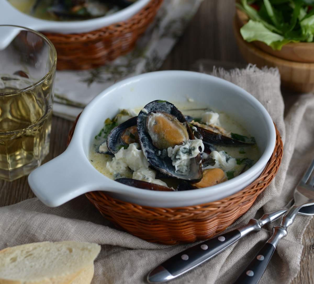 Moules au Roquefort recette