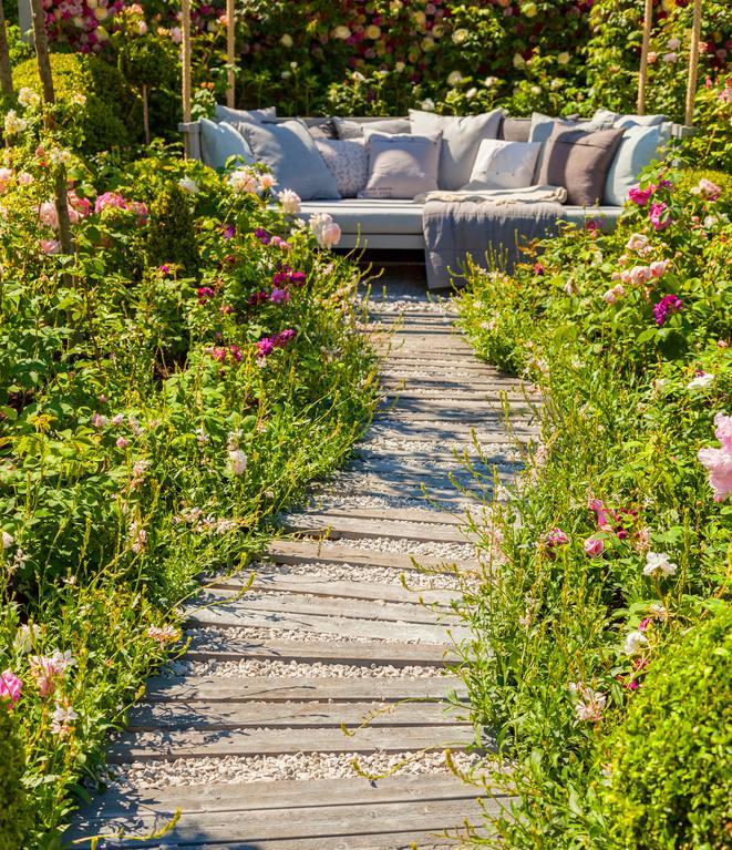 idee Amenager jardin longeur
