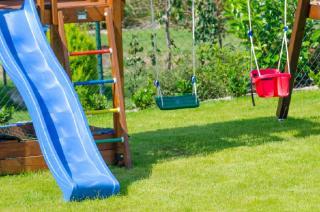 aire jeu enfants jardin