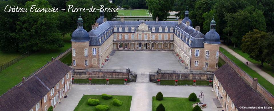 Château vue du ciel - © Destination Saône-et-Loire